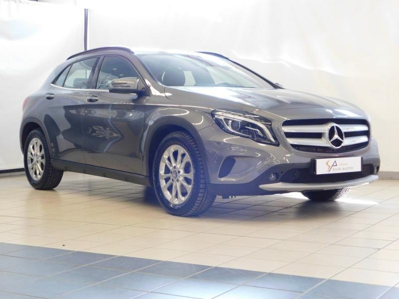 Mercedes-Benz Classe GLA 200 d Inspiration 7G-DCT Diesel MOUNTAIN GREY Occasion à vendre